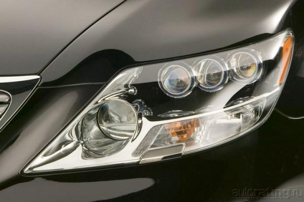 Интрига LS460. Каким будет новый представительский Lexus