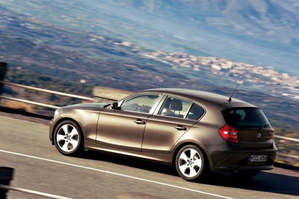 Притягивая взгляды / Тест-драйв BMW 120i