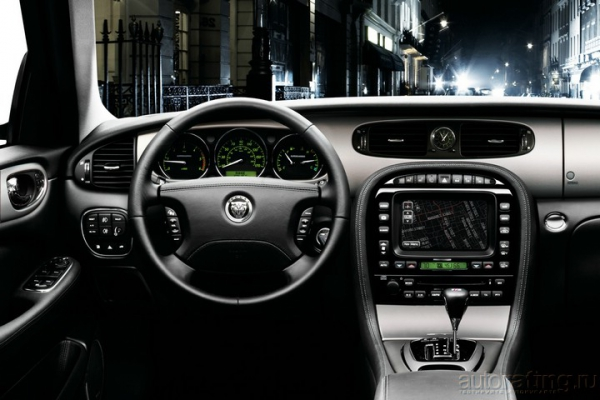Обжорный ряд / Тест-драйв Jaguar XJR и Chevrolet Tahoe