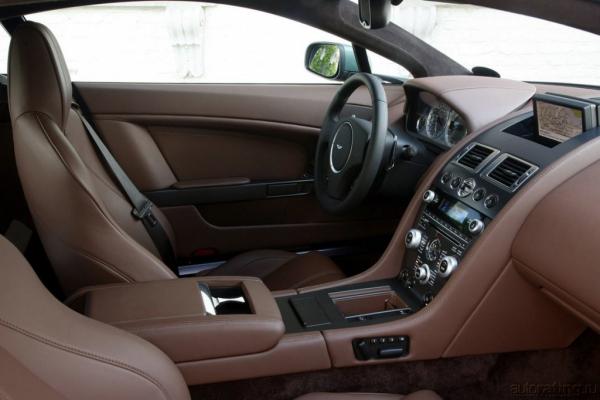 Прикоснуться к легенде. Aston Martin V8 Vantage добрался до России