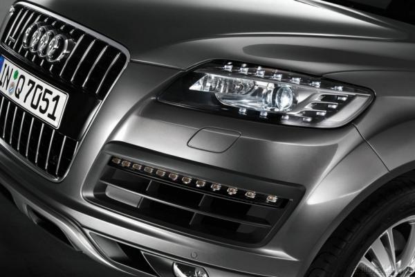 Наш паровоз, вперед лети / Тест-Драйв Audi Q7