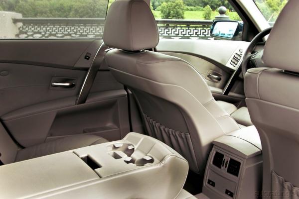 Меж двух осей / Тест-драйв Audi A6, BMW 5 series