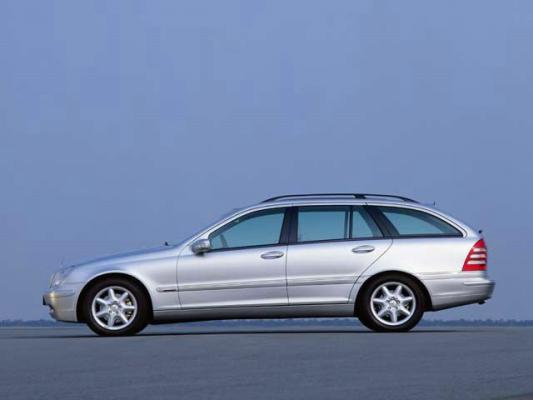 В трех лучах. Славы / Тест-драйв Mercedes-Benz C200 Kompressor