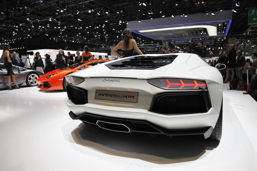 Lamborghini Aventador на Женевском Автосалоне 2011