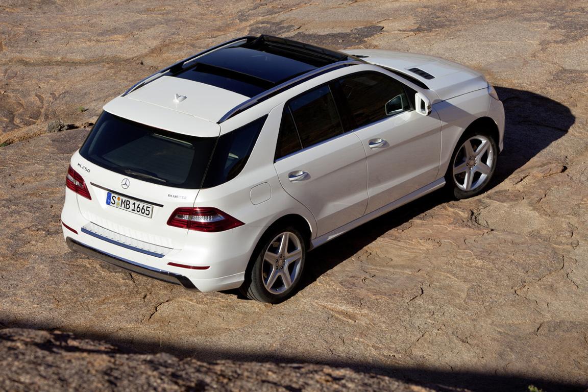 Mersedes-Benz-M-class_2011_25.jpg