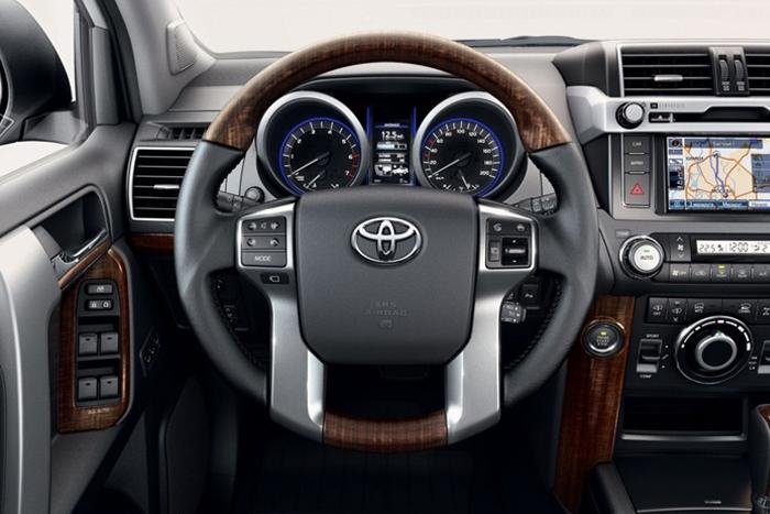 Toyota открывает прием заказов на новый Prado