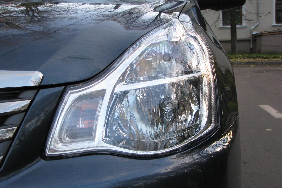 Nissan Almera: Фаворит бюджета