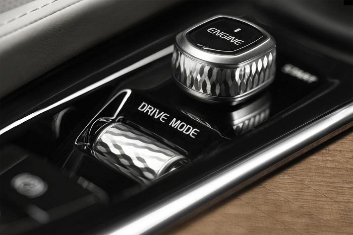 новый Volvo XC90