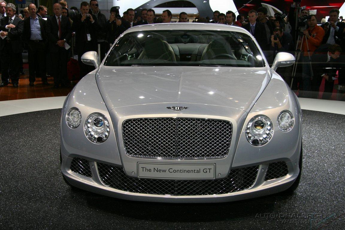 Bentley на Парижском автосалоне
