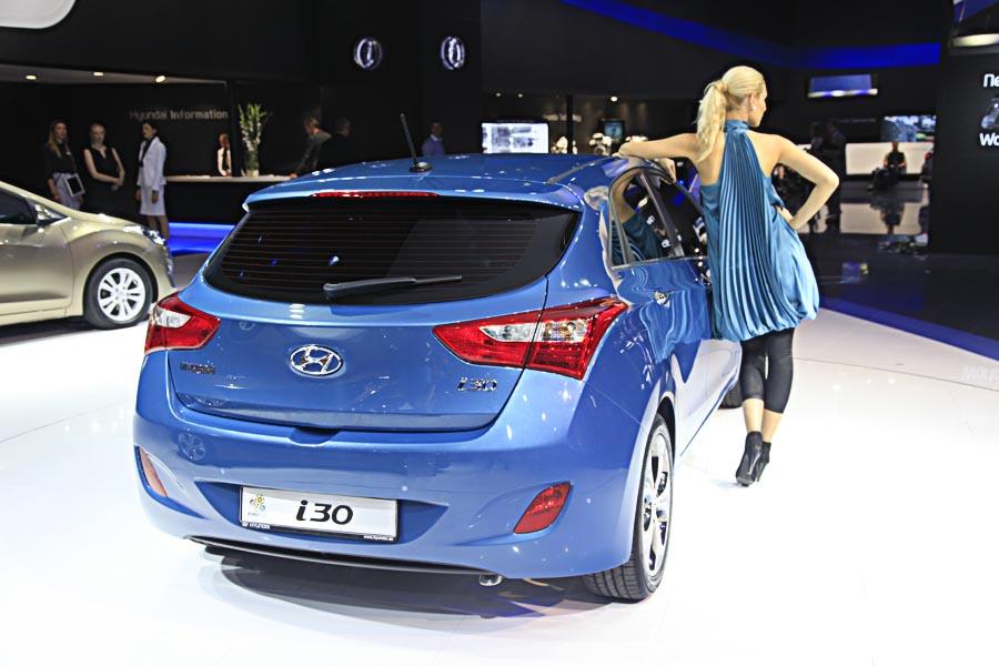 Hyundai на автосалоне во Франкфурте 2011