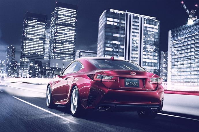 Lexus представил конкурента BMW 4 series