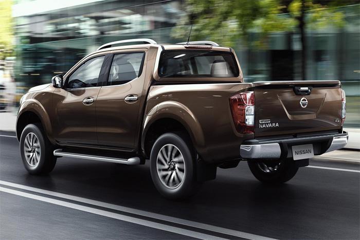 Nissan Navara 2015 Ниссан Навара