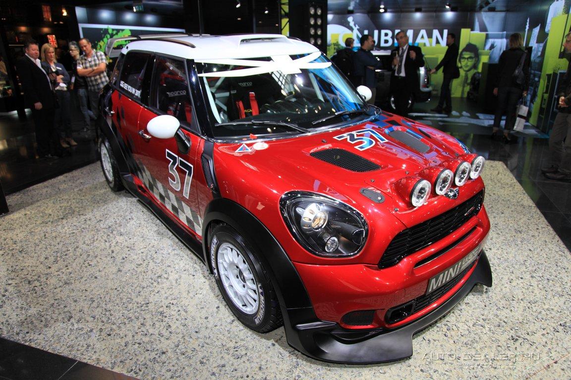 Mini на Парижском автосалоне