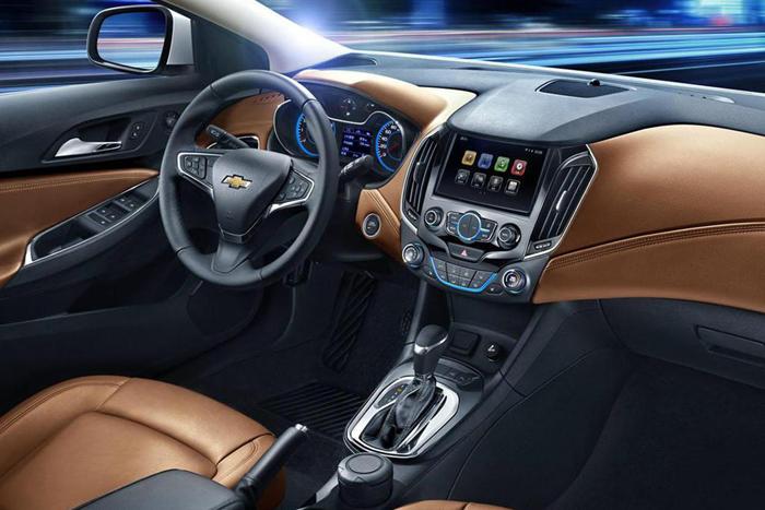 Официальные фотографии интерьера нового Chevrolet Cruze