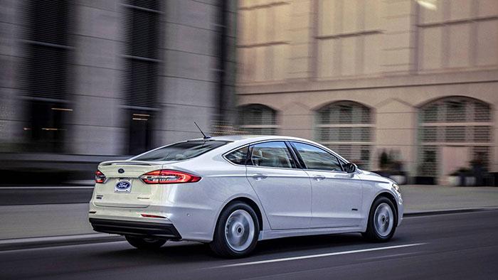 Форд обновил седан Fusion