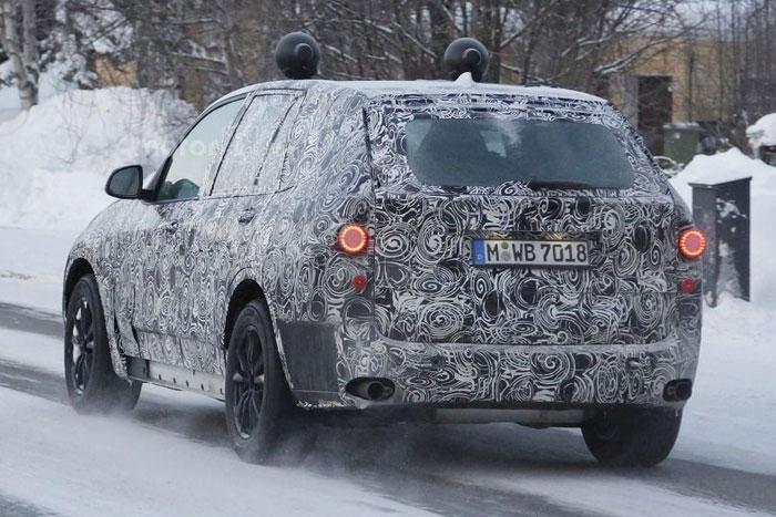 BMW X2 вышел на зимние испытания