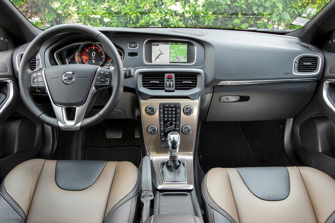 Volvo V40 Cross Country 2017