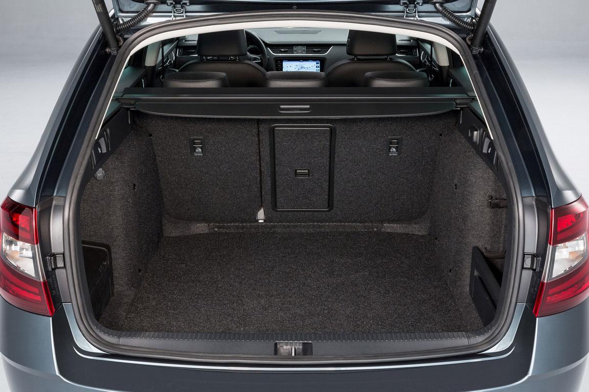 Skoda Octavia Combi 2017 багажник