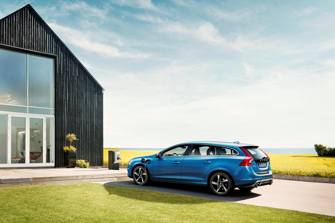 Volvo V60 Plug-in Hybrid: Будущее уже рядом