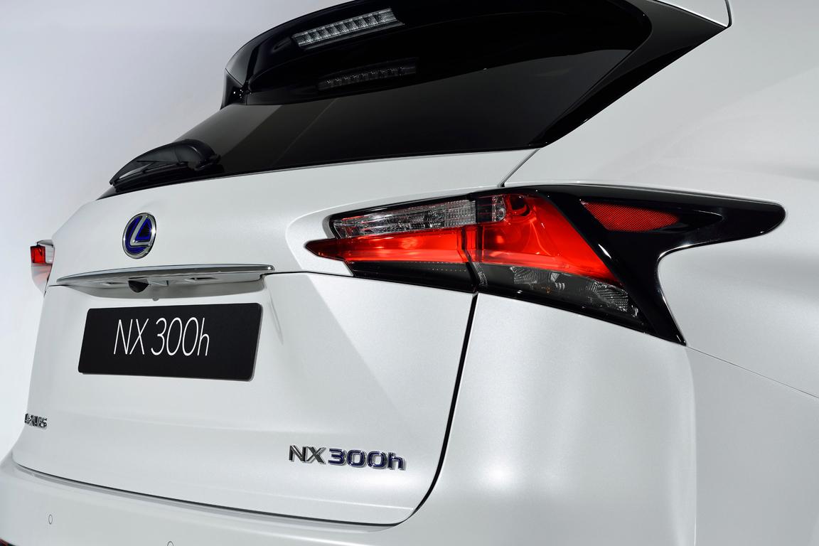 Lexus NX (2014)