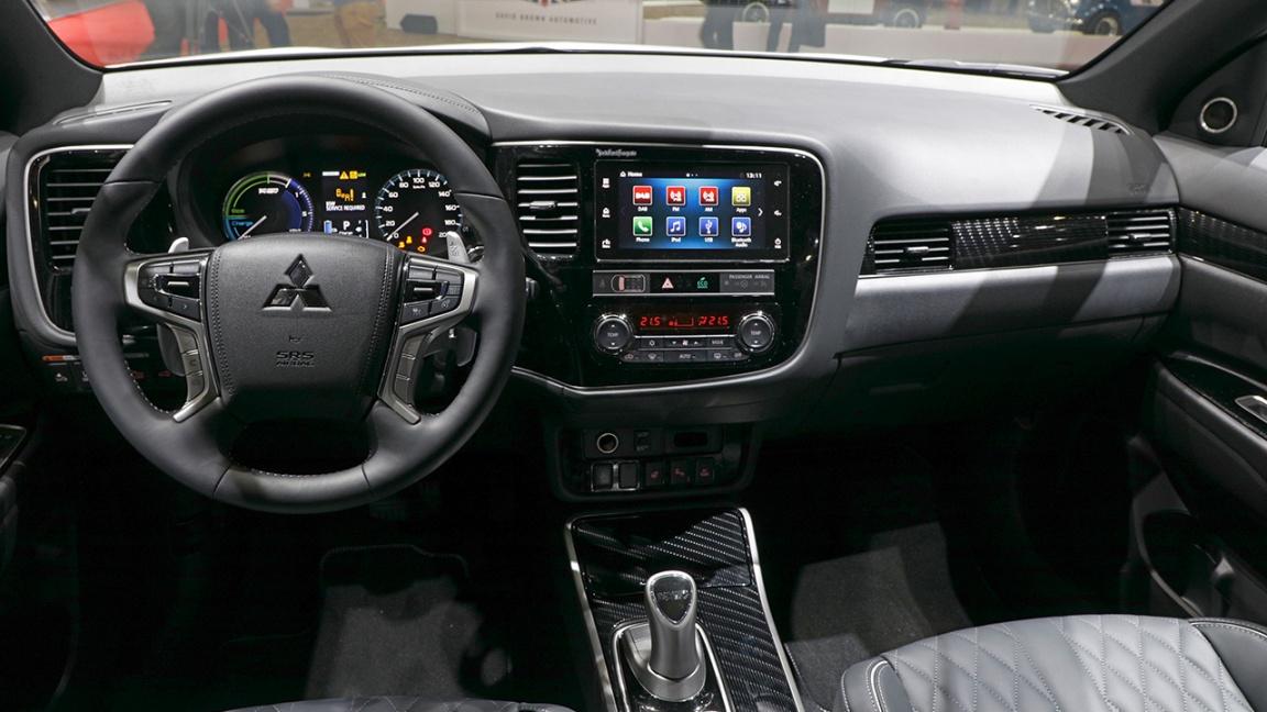 Обновленный Mitsubishi Outlander