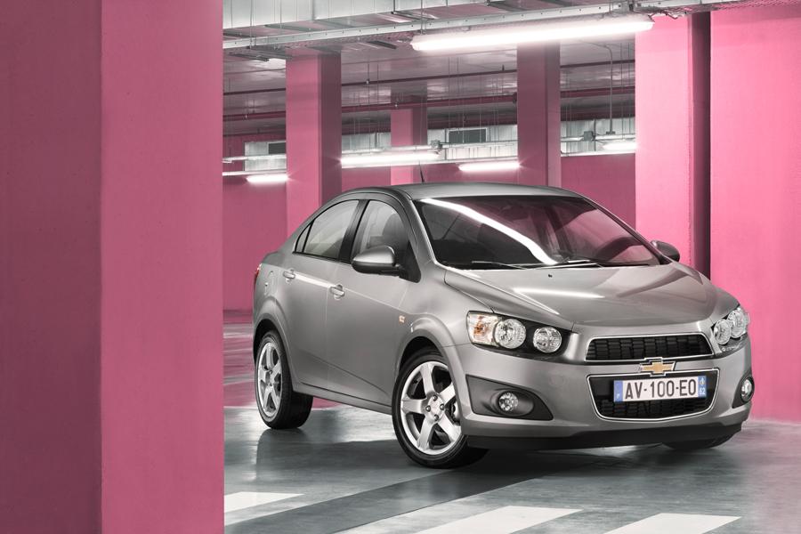 Chevrolet-Aveo-2011_28.jpg