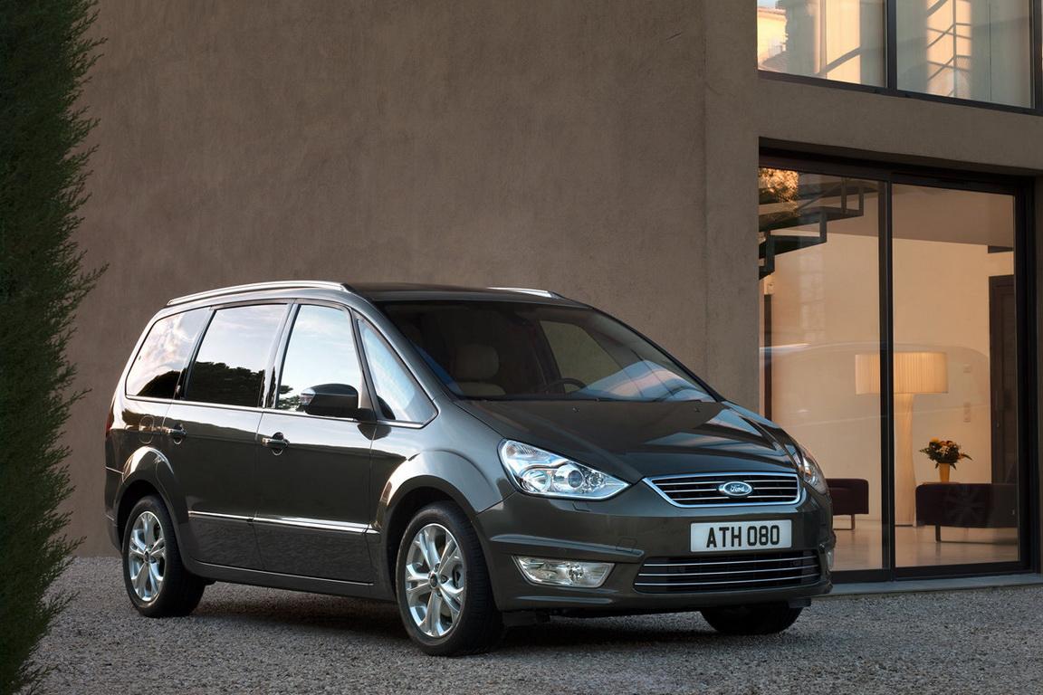 Ford-Galaxy_2011_01.jpg