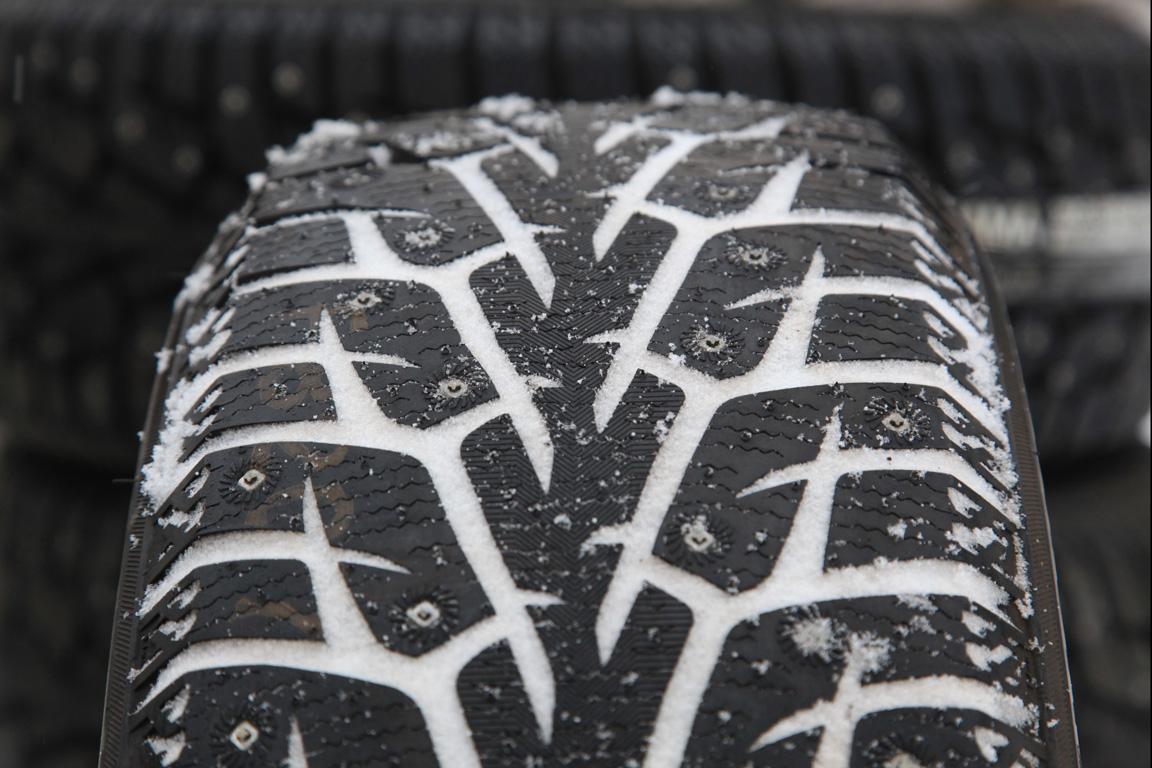 Yokohama iceGUARD Stud iG55: самые цитрусовые шины