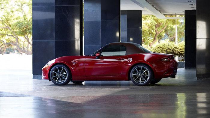 Обновленный родстер Mazda MX-5
