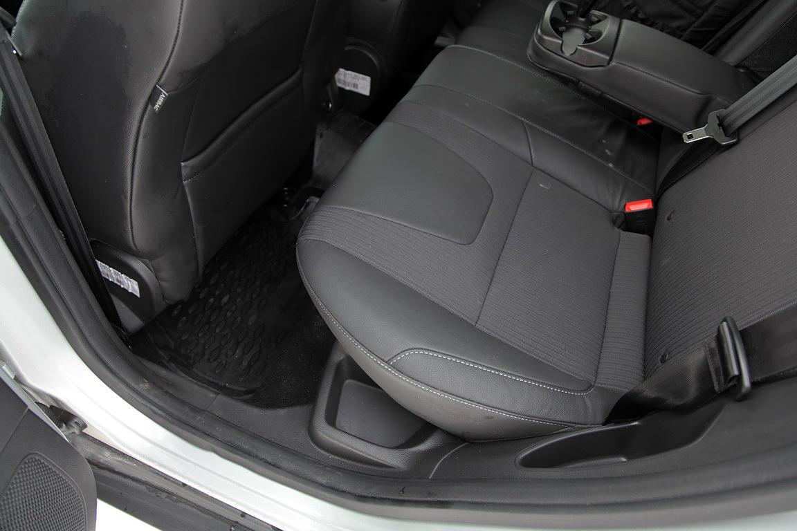 Ford Focus III: с хвостом или без?