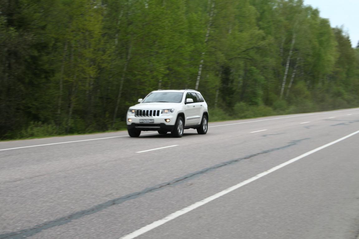 Jeep-Grand-Cherokee_10.jpg