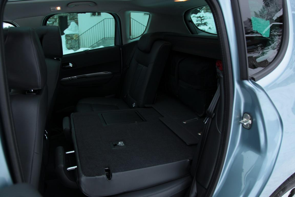 Peugeot 3008 Hybrid / Пежо 3008 Гибрид