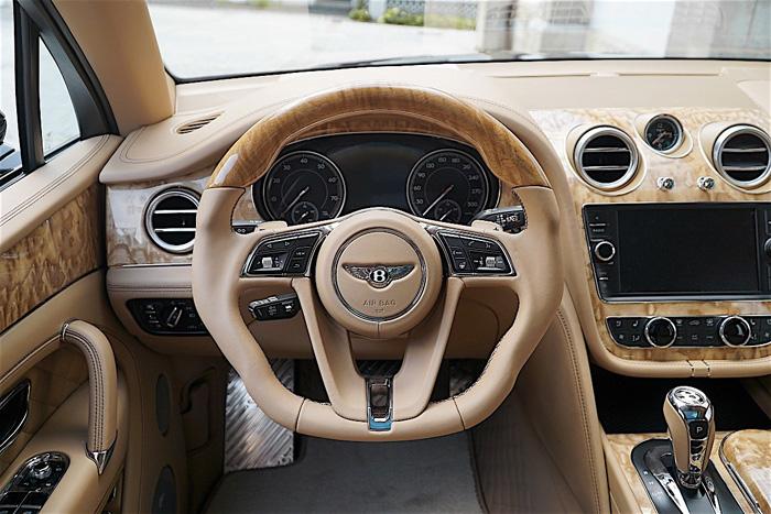 Bentley Bentayga Mansory