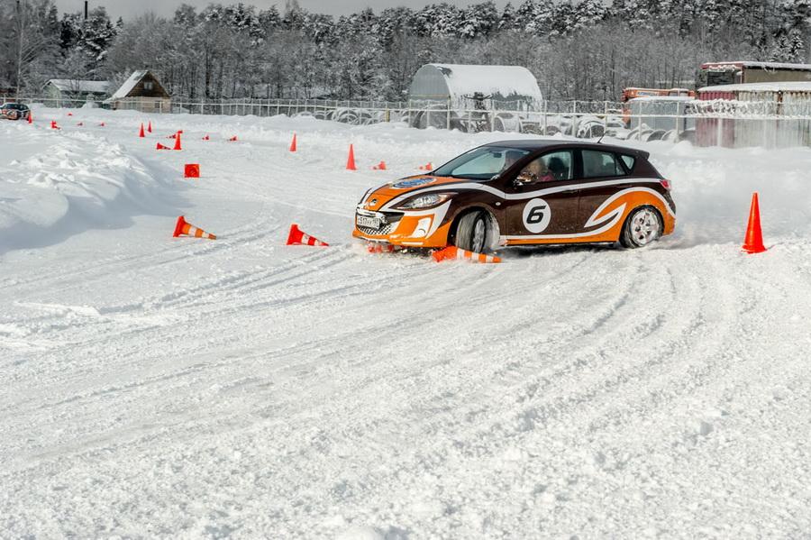 Mazda Sport Academy - Один день на льду