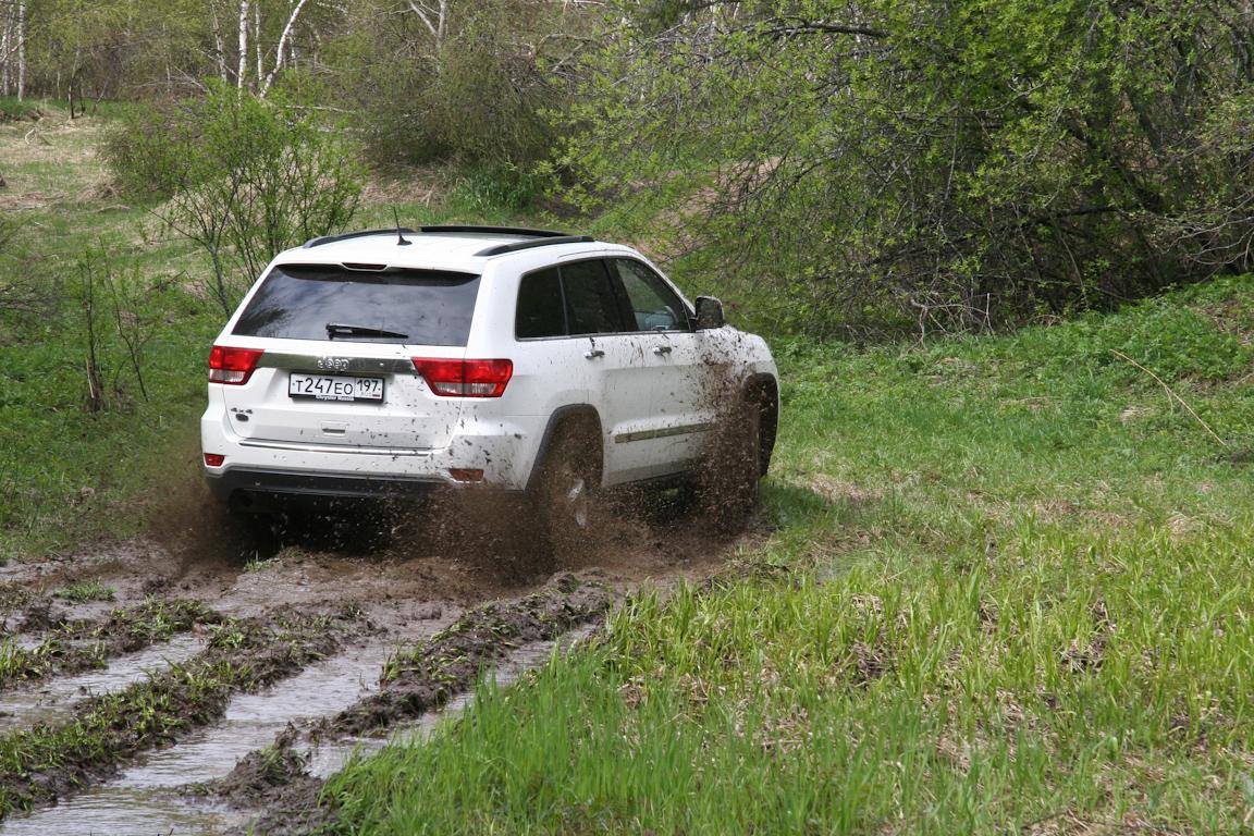 Jeep-Grand-Cherokee_25.jpg