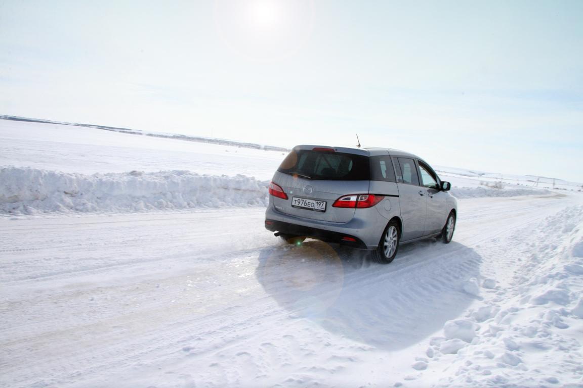 Mazda5-2011-autorating-ru_14.jpg